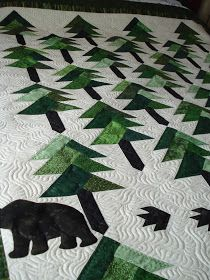 The Nifty Stitcher: More Quilting with the Q'nique Quilting Templates, Quilting Projects, Quilting Designs, Quilting Ideas, Sewing Projects, Christmas Tree Quilt, Christmas Patchwork, Christmas Stockings, Canadian Quilts
