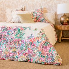 Merveilleux Oversized Paisley Print Bedding