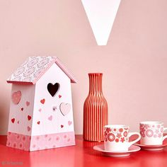 ¡Con este nido personalizado podrás decorar tanto tu interior como tu exterior! Si eres un amante de los pájaros, ¡esta manualidad te encantará!