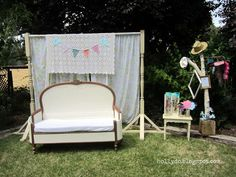 Adorable vintage-themed #photobooth