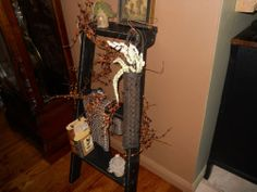 PRIMITIVE Grungy Long John Basket- primitive, country
