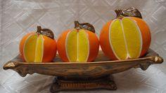 Centro de Mesa  Naranjas Hello Kitty Items, Serving Bowls, Decorative Bowls, Tableware, Home Decor, Wall Hanging Decor, Wooden Figurines, Home Decorations, Orange Wedding Centerpieces