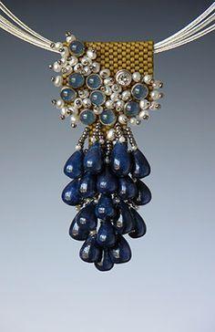 WOW! beaded pendant using tear drop beads Beaded pendant. Kay Bonitz