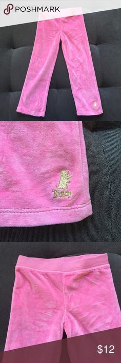 Juicy Couture Sweats EUC, Size 4 girls. Velour feel, super soft! 💕🌸 Juicy Couture Bottoms Sweatpants & Joggers