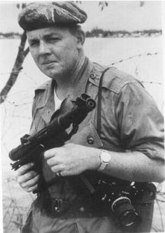 Joe Galloway in 1965 immediately prior to LZ Xray.  The only civilian awarded the Bronze Star during the Vietnam War.