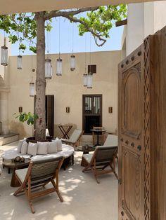 Al Bait Sharjah - Heart of Sharjah - segara Kommunikation GmbH Kids Cubby Houses, Old Houses, Courtyard Design, Patio Design, Sharjah, Dream Home Design, House Design, Spanish House, Islamic Architecture