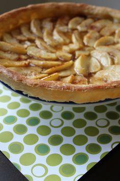 Apple tart / homemade puff pastry crust! soon on my Blog www.celinescuisine.com