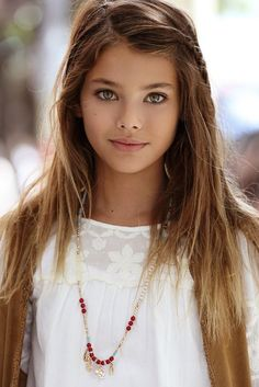 Young (11yo) actress and model Laneya Grace with Wilhelmina Models of California