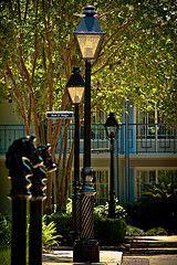 Disney World Resorts   Port Orleans- French Quarter