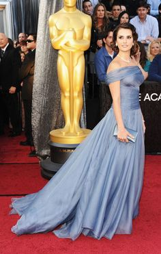 Penelope Cruz, 2012 Oscars~ Going Hollywood Golden Year's with a very graceful dress and hairstyle. Love the whole look.