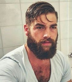 Amazing Beard Styles from Bearded Men Worldwide Lumbersexual Great Beards, Awesome Beards, Beard Styles For Men, Hair And Beard Styles, Hairy Men, Bearded Men, Sexy Bart, Beard Growth Oil, Beard Tattoo