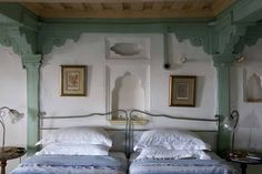 Off the Map in Hallucinatory India:  Ahilya Fort heritage hotel in Maheshwar, Madhya Pradesh Off The Map, Heritage Hotel, India Culture, Madhya Pradesh, India Travel, Adventure Travel, Places To Go, Beautiful Places, Indian