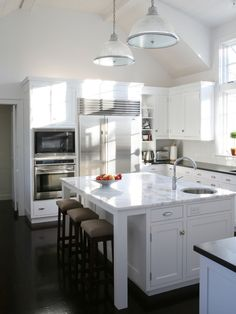 Traditional Kitchen Small Kitchens Design, Pictures, Remodel, Decor and Ideas - page 12
