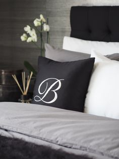 www.balmuir.com/shop Beautiful Home Gardens, House Beautiful, Linen Bedding, Bed Linen, Bedding Master Bedroom, White Cottage, White Houses, White Beige, Black House