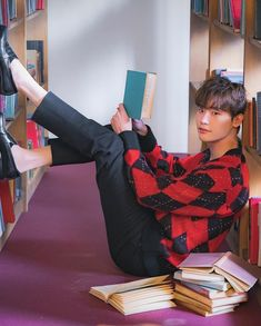 Romance is a bonus book ❤️ Love books💞 Lee Jong Suk Cute, Lee Jung Suk, Lee Dong Wook, Lee Joon, Asian Actors, Korean Actors, Lee Jong Suk Wallpaper, F4 Boys Over Flowers, Kang Chul