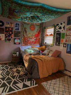 Indie Room Decor, Cute Bedroom Decor, Room Design Bedroom, Aesthetic Room Decor, Room Ideas Bedroom, Indie Bedroom, Bedroom Inspo, Chill Room, Cozy Room