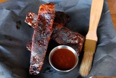 First Look: SmoQue N Bones, a new smokehouse near Trinity Bellwoods park - Eat - May 2014 - Toronto Smokehouse, Bones, Toronto, Park, Restaurants, Food, Smoking Room, Parks, Meals