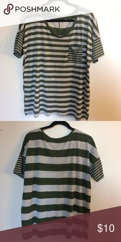 LAST CHANCE • Striped Boyfriend Tee • oversized comfy fit • light, breathable material  • size XL • Questions? Just ask!  • Bundle to save • Use the offer button to negotiate   ❤︎ @sabineforever | Instagram & Pinterest  ❤︎ sabineforever.com for style, beauty, lifestyle and more fashion & accessories. ❤︎personal shopping & styling services available. Inquire for more information. Old Navy Tops Tees - Short Sleeve