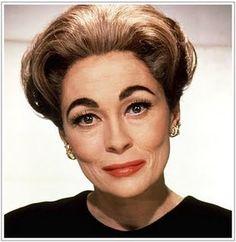 FAYE DUNAWAY as Joan Crawford in Mommie Dearest