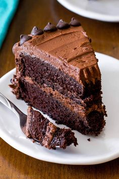 The fudgiest homemade chocolate cake ever! Recipe o… Triple Chocolate Layer Cake. The fudgiest homemade chocolate cake ever! Recipe on sallysbakingaddic… Best Chocolate Cake, Homemade Chocolate, Chocolate Flavors, Chocolate Desserts, Chocolate Chocolate, Super Moist Chocolate Cake, Cupcake Recipes, Baking Recipes, Dessert Recipes