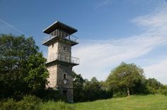 Erbenova rozhledna u Ústí nad Labem Czech Republic, Community, Treehouse, World, Outdoor Decor, Traveling, Viajes, Treehouses, Tree Houses