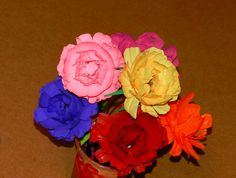 DIY: How to recycle waste water bottles into colorful Ranunculus flowers!