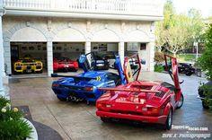 Me gusta el garaje y rojo, azul, amarillo coches.