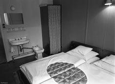 Index - Fortepan - Ez volt a Balaton aranykora Traditional, Bed, Motel, Hungary, Countries, Furniture, Memories, Home Decor, Photography