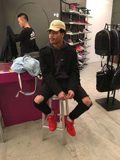 ۺ If you love fashion check us out. We're always adding new products for your closet! Urban Fashion, Daily Fashion, Mens Fashion, Fashion Check, Style Fashion, Mode Outfits, Fashion Outfits, Tomboy Outfits, Fashion Tips