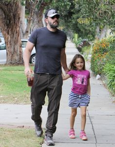 Ben Affleck steps out with his daughter Seraphina on August 25, 2015