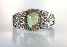 Navajo Sterling silver green Turquoise Cuff bracelet, Fred Harvey era…