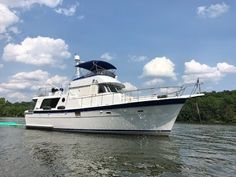 Hatteras 48 LRC trawler for sale. See the images, Tours, movie and price of this Hatteras 48 Long Range Cruiser for sale. Yacht For Sale, Boats For Sale, Florida Coastline, Trawlers For Sale, Trawler Yacht, Yacht Broker, Lake Resort, Motor Yacht, East Coast