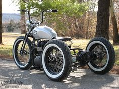 Mid MO MC 06 Bonneville Black Trike