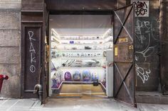 Abandoned elevator in a NYC alleyway turned into a museum. Alex Kalman, Benny and Josh Safdie.