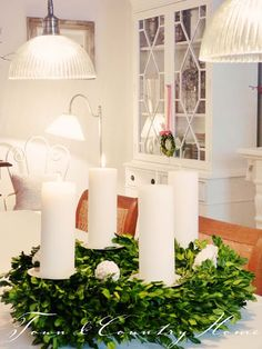 Adore those built ins! Christmas World, Nordic Christmas, Natural Christmas, Very Merry Christmas, Christmas Is Coming, Christmas Love, Winter Christmas, Christmas Advent Wreath, Christmas Decorations