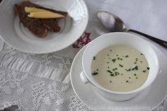 Cheeseburger Chowder, Soup Recipes, Soups, Food, Eggs, Essen, Soup, Meals, Yemek