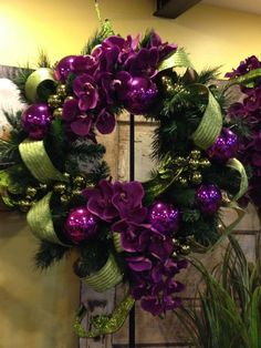 purple christmas decorations - New Year Purple Christmas Decorations, Purple Christmas Ornaments, Christmas Tree Wreath, Christmas Tree Themes, Silver Christmas, Noel Christmas, Christmas Images, Holiday Wreaths, Christmas Crafts