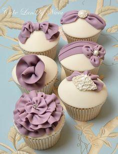 Lavender wedding cupcakes #dessert #cupcakes #weddingcupcakes #weddingideas #lavender