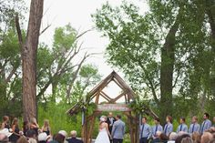 My friend Katie's outdoor wedding ceremony...she so famous! ;)
