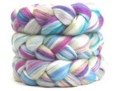 Love this roving by SpinCityUk one of my Favorite Shops by Knitting in France on Etsy