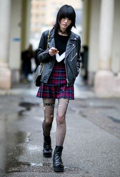 Street Style: 7 New Models to Follow for Their KILLER Off-Duty Style | Sora Choi @stylecaster