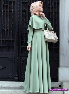 Açık Yeşil Boydan Uzun Tesettür Elbise.jpg