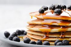 Yesterday we told you how much we love brunch. So in case you're cooking brunch at home today and craving something on the sweeter side, here's another recipe… Skinny Pancakes, Pancakes Vegan, Dairy Free Pancakes, Homemade Pancakes, Blueberry Pancakes, Breakfast Pancakes, Buttermilk Pancakes, Fluffy Pancakes, Cheese Pancakes
