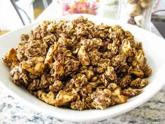 So here's the thing.  I love munching on granola. Peanut Butter Cup Granola, Nutella Granola, PB&J Granola, the list goes on.  Anyhoo. What I love MOST about eating stuffing my face with the sweet, yet seemingly healthy oaty goodness are the huge CHUNKS.  Those big crunchy clusters that take up an entire spoon?  Ohhhhh yeah.  They're …
