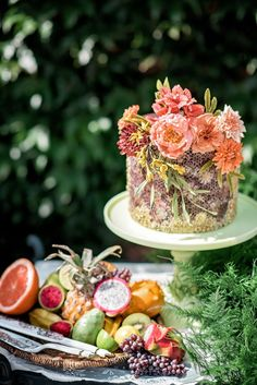 Earthy Wedding Cake // Colorful Frida Kahlo Inspired Wedding Ideas via TheELD.com