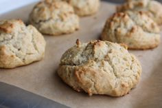 Gluten free biscuits with almond flour