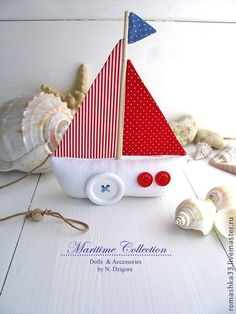 Simple little boat or doorstop. Felt Crafts, Diy And Crafts, Crafts For Kids, Sewing Toys, Sewing Crafts, Felt Christmas, Christmas Ornaments, Creation Deco, Baby Kit