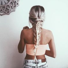 That braid @emilyrosehannon wearing our deluxe bronzing mousse in ultra dark xx
