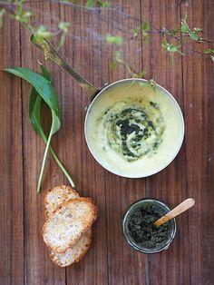Czosnek niedźwiedzi. Pesto. Zupa! Sezonowo od A do M – Kuchennymi drzwiami Pesto