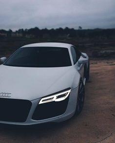Luxury cars audi dreams vehicles Ideas for 2019 Audi A4, Audi R8 V10, Dream Cars, My Dream Car, Audi R8 Bilder, Fancy Cars, Cool Cars, Sexy Autos, Carros Audi